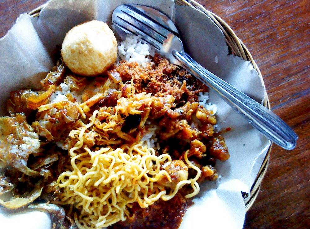 Nasi-Pedas-Bu-Andika-Bali
