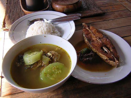 Sop Ikan Mak Beng, Kuliner Legendaris dari Sanur Bali | KabarKuliner.com
