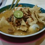 Lontong Kari Legendaris dari Kota Kembang