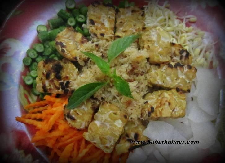 Trancam sayuran mentah khas Jawa Tengah