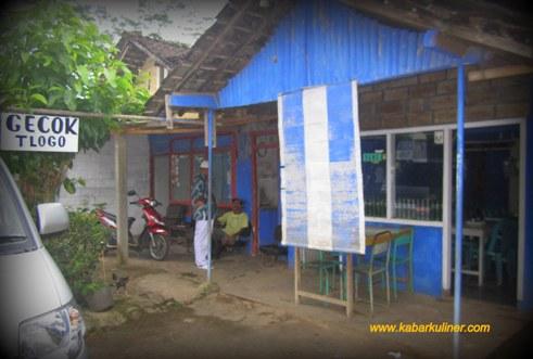 Warung Gecok Bu Sari di desa Tlogo