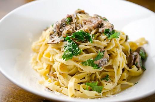 Fresh-Pasta-with-Mushroom-Cream
