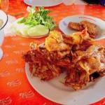 Rela Blusukan Demi Ayam Goreng Mbah Cemplung yang Legendaris