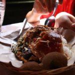 Babi Guling Bu Oka, Primadonanya Kuliner (Non-Halal) di Ubud Bali